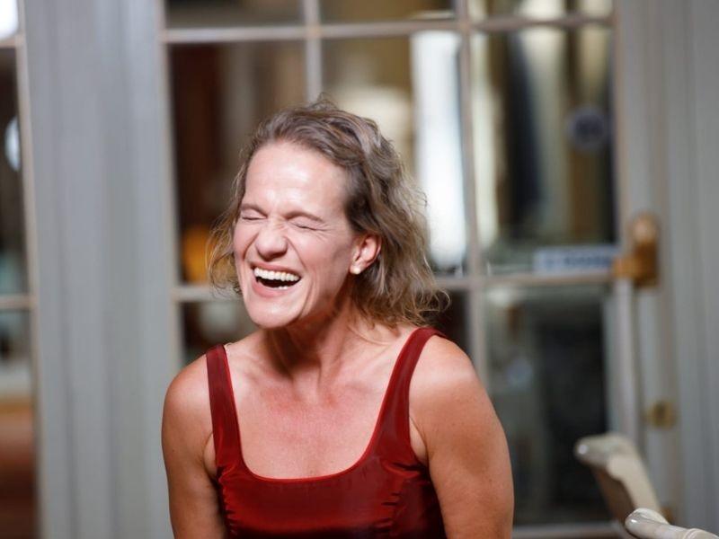 Lach-mal-wieder-herzhaft-lachen-ist-gesund